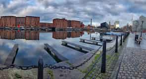 Albert Dock (lodenica)