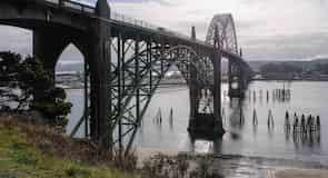 Yaquina Bay Bridge (most)