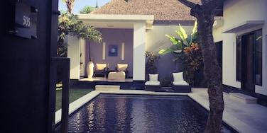 那庫拉, 水明漾, 雷根, 峇里, 印尼