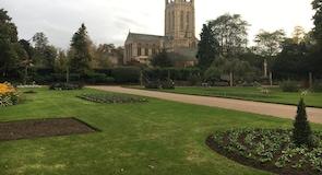 Κήποι Abbey Gardens