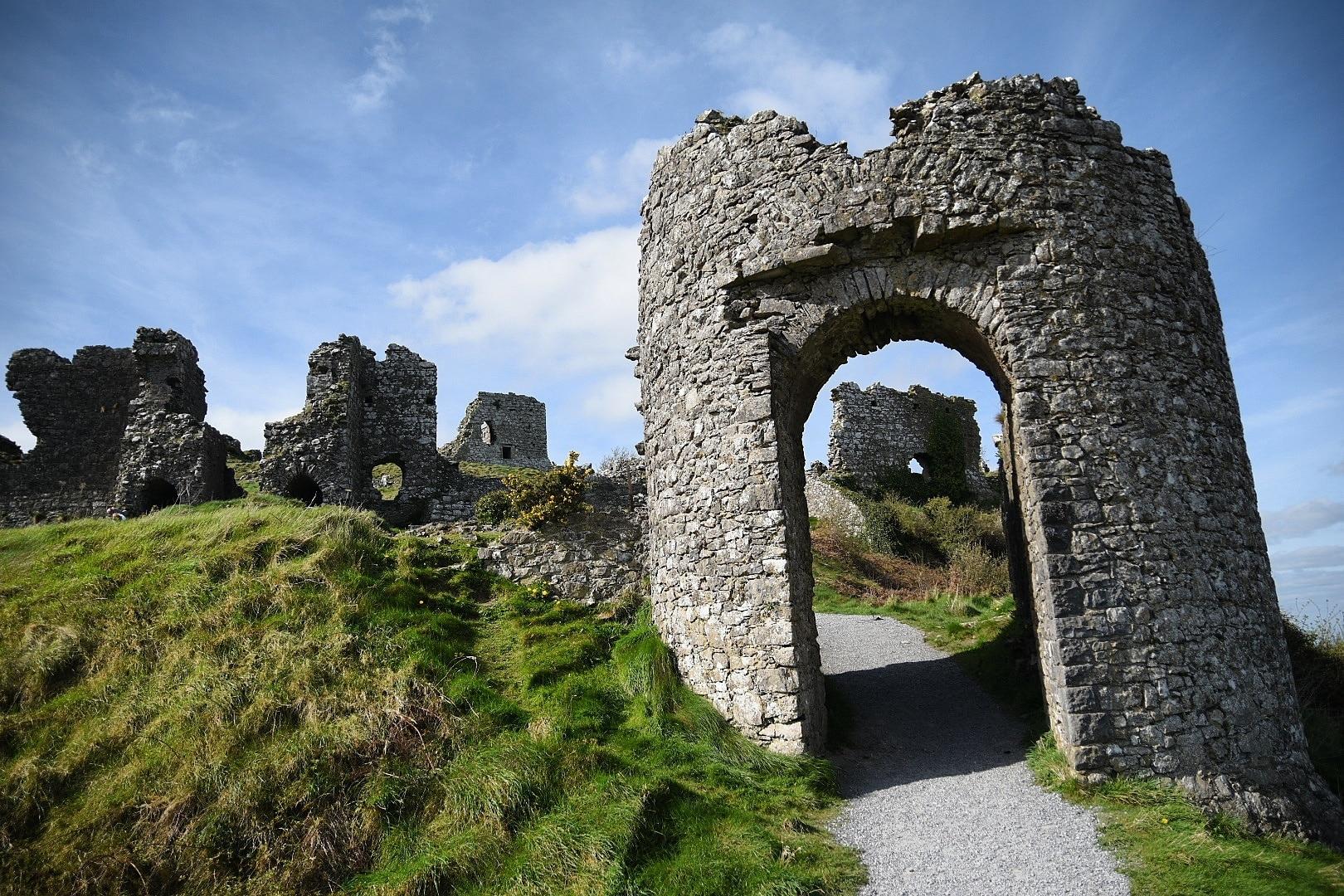 Rock of Dunamase (Burgruinen), Portlaoise, Laois (Grafschaft), Irland