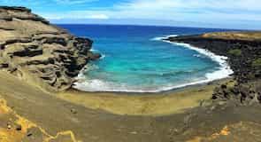 Pantai Green Sand