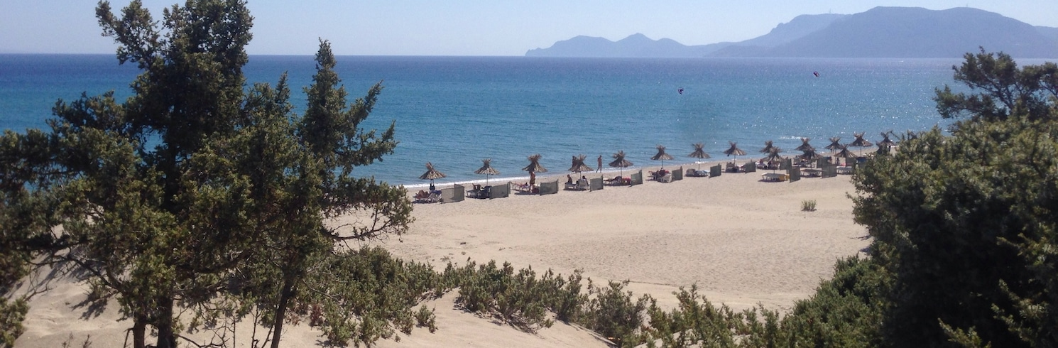 卡達美那, 希臘