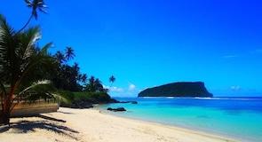 Lalomanu Beach (拉洛马努海滩)