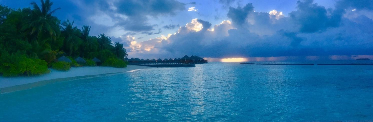 Острів Барос, Мальдіви