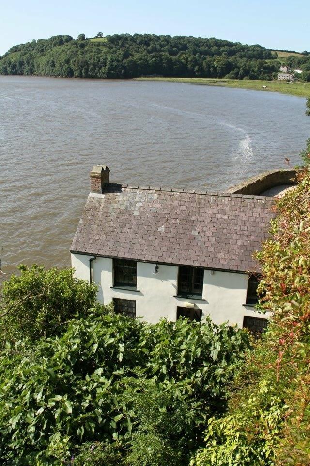 Dylan's Boathouse, Carmarthen, Wales, United Kingdom