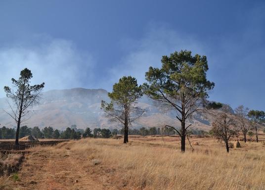 말루티 아 포펑, 남아프리카공화국