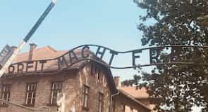 معسكر اعتقال أوسشفيتز بركناو