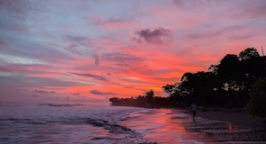Esterillos Beach