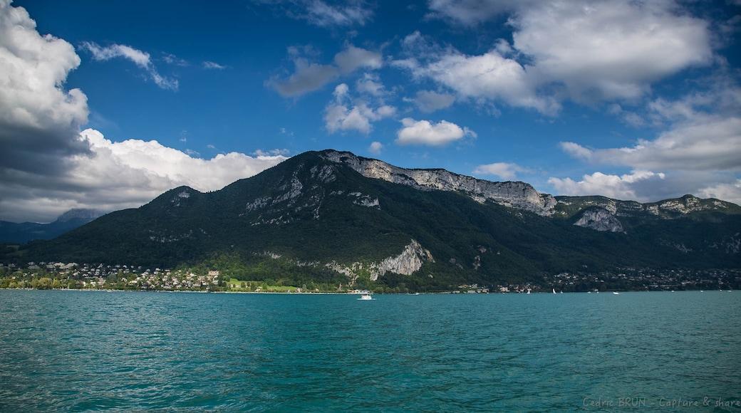 «Veyrier-du-Lac», photo de CEDRIC BRUN (Capture… (CC BY) / rognée de l'originale