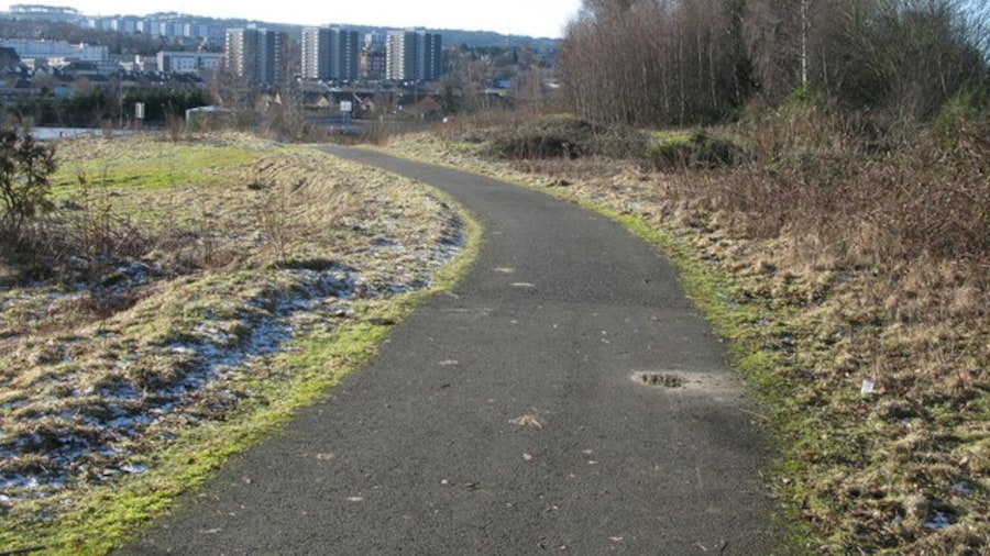 """Photo """"Clyde Walkway nearing Cambuslang"""" by G Laird (Creative Commons Attribution-Share Alike 2.0) / Cropped from original"""