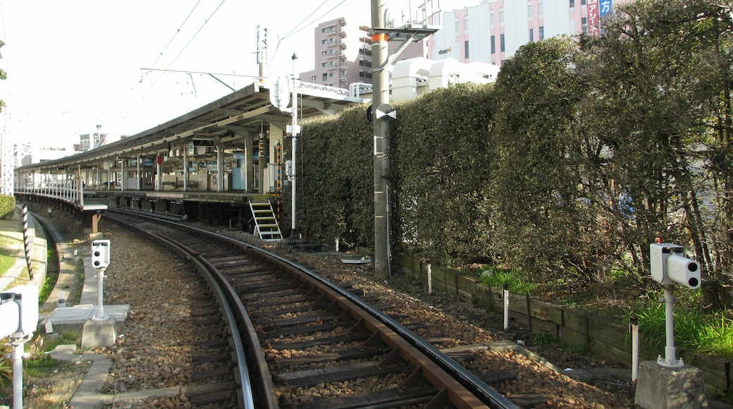 """Photo """"Amagasaki"""" by DVMG (CC BY) / Cropped from original"""