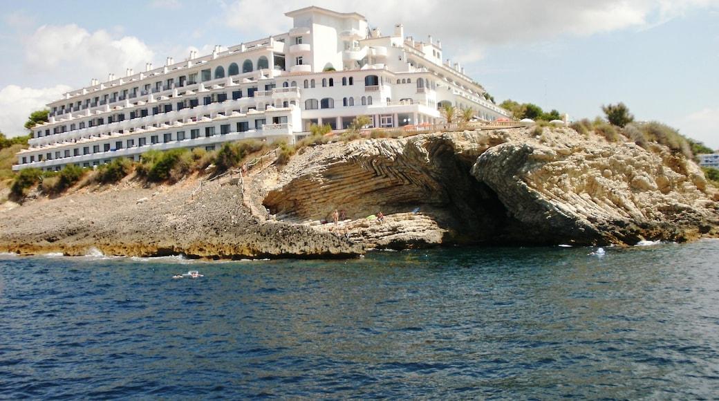 "Photo ""Costa de la Calma"" by hh oldman (CC BY) / Cropped from original"