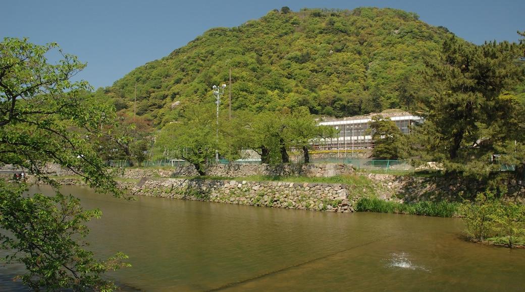 Reggaeman (CC BY-SA) 的「鳥取城」相片 / 裁剪自原有相片