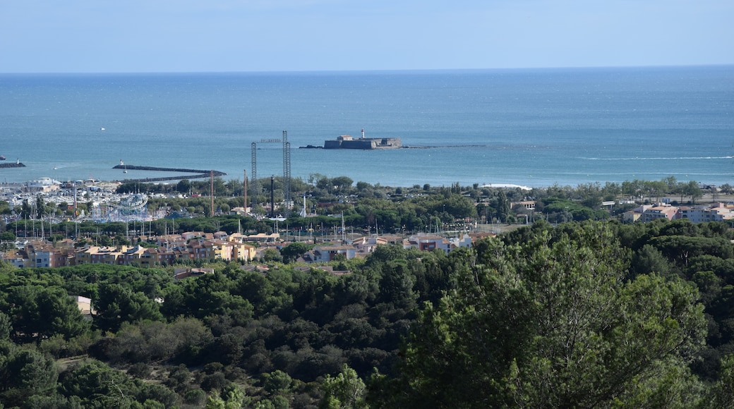 "Foto ""Fort de Brescou"" von Tournasol7 (CC BY-SA)/zugeschnittenes Original"