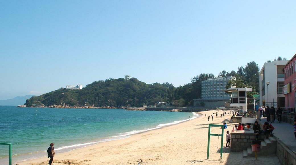 """Photo """"Tung Wan Beach"""" by Mk2010 (CC BY-SA) / Cropped from original"""