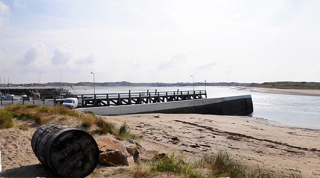"""Foto """"Küste von Portbail"""" von David Broad (CC BY)/zugeschnittenes Original"""