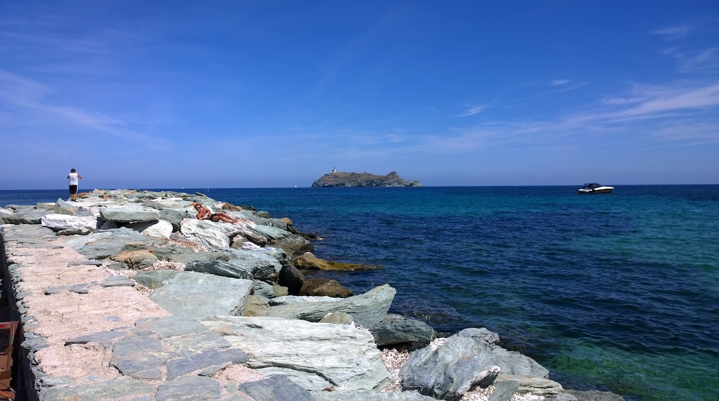 «Barcaggio», photo de 4net (CC BY) / rognée de l'originale