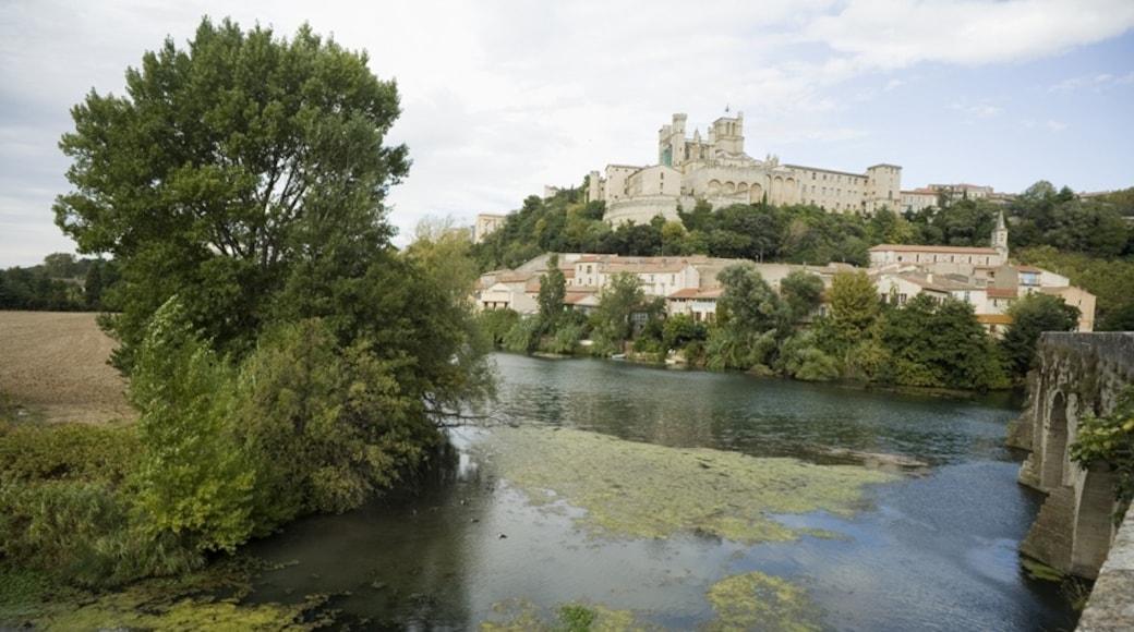 """Foto """"Kathedrale Saint-Nazaire von Béziers"""" von PMRMaeyaert (CC BY-SA)/zugeschnittenes Original"""