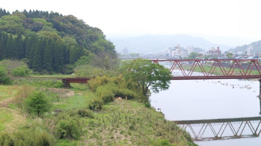 "shunsaku hara (r265) 님의 ""히토요시"" 사진(CC BY-SA) / 원본에서 잘라냄"