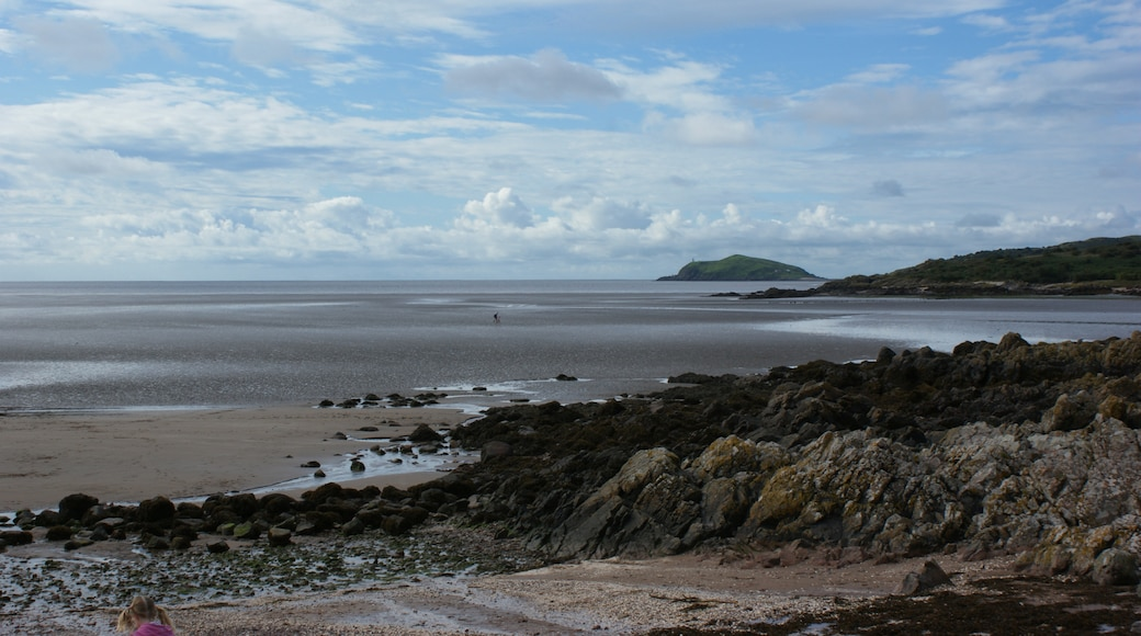 "Photo ""Rockcliffe Beach"" by Ian Greig (CC BY-SA) / Cropped from original"