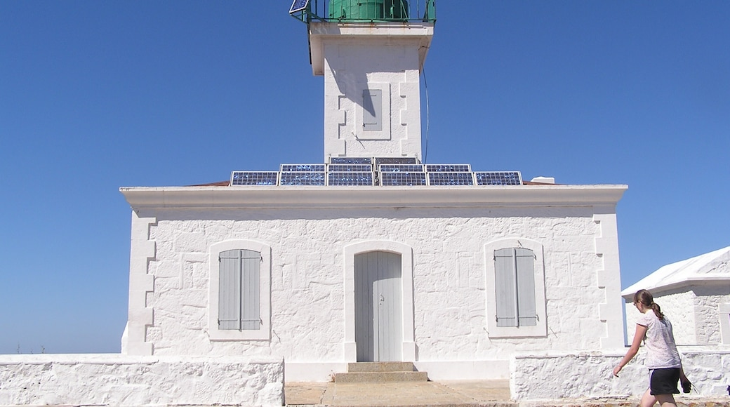 """Photo """"Ile-Rousse Light House"""" by Jan Dudík (CC BY-SA) / Cropped from original"""