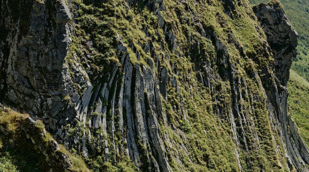 «Puy de Sancy», photo de Jastrow (CC BY) / rognée de l'originale