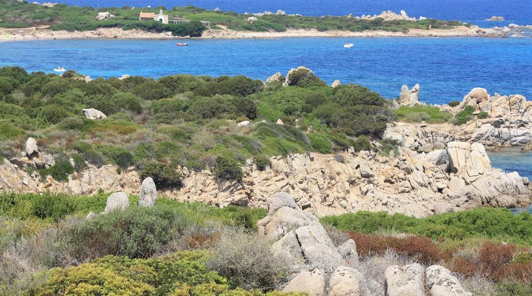 «Golfo Aranci», photo de Gio la Gamb (CC BY-SA) / rognée de l'originale