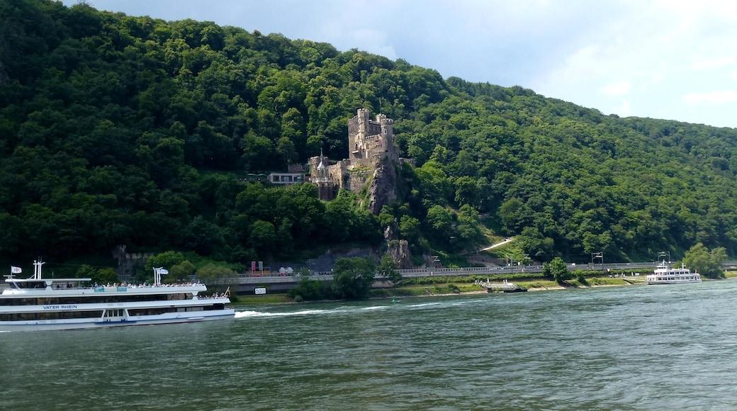 """Foto """"Burg Rheinstein"""" von Hiroki Ogawa (CC BY)/zugeschnittenes Original"""