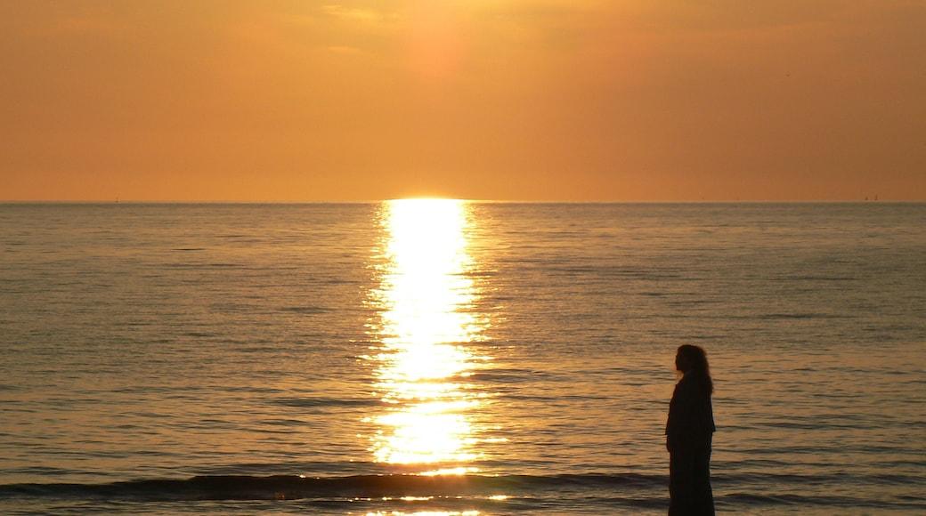"Photo ""Padula Bianca Beach"" by Luca Margheriti (CC BY-SA) / Cropped from original"