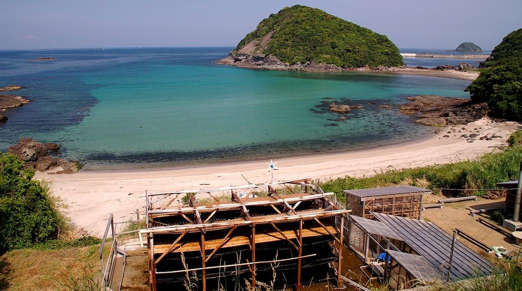 "Photo ""Hirado"" by mahlervv (CC BY) / Cropped from original"