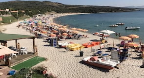Isola Rossa Strand