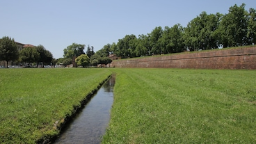 Lucca-virkisveggirnir/