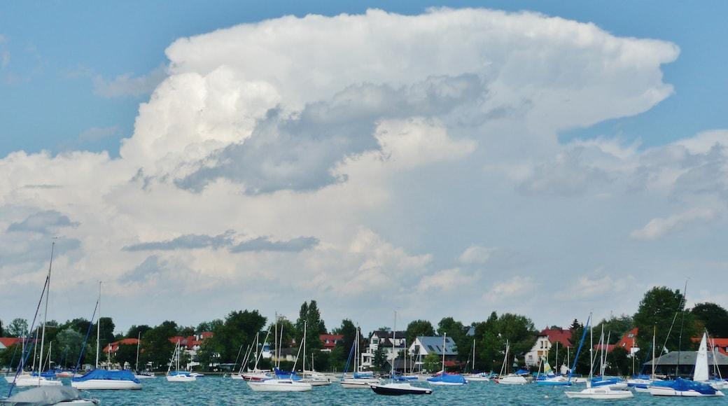 "Foto ""Herrsching am Ammersee"" von qwesy qwesy (CC BY)/zugeschnittenes Original"
