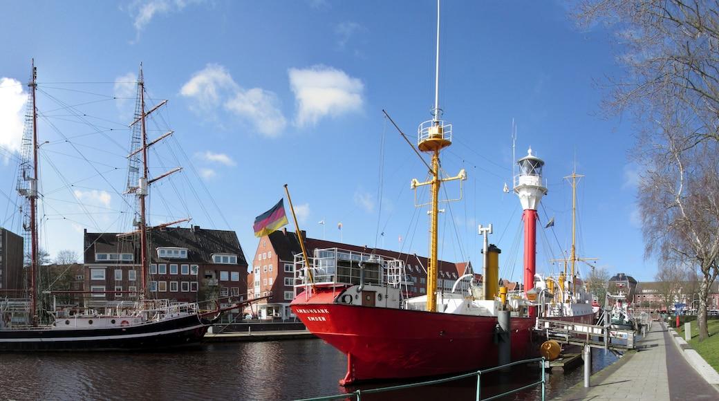 """Foto """"Emden"""" di Pappnaas666 (CC BY-SA) / Ritaglio dell'originale"""