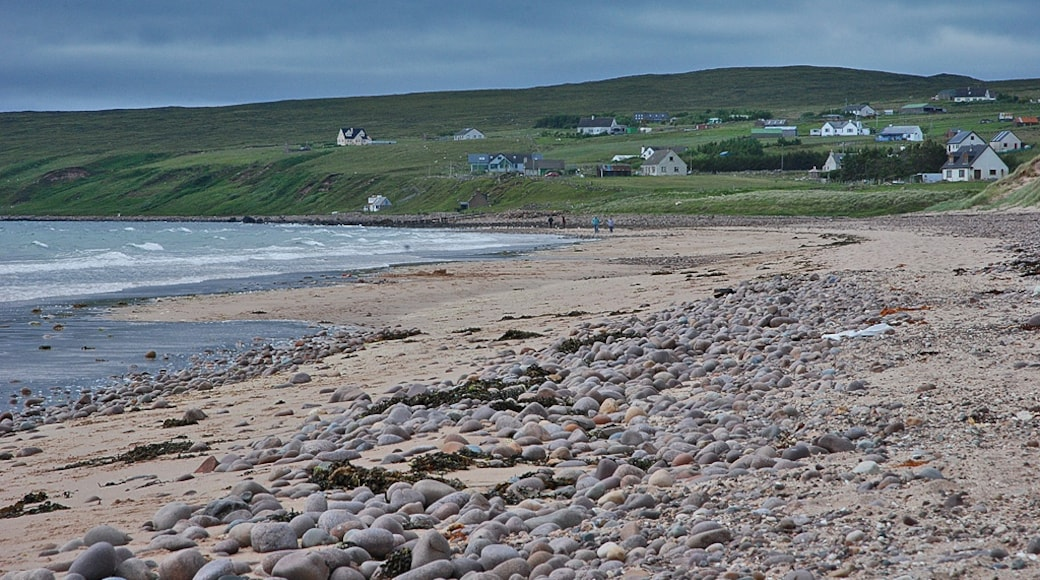 """Photo """"Big Sand Beach"""" by Nigel Brown (CC BY-SA) / Cropped from original"""