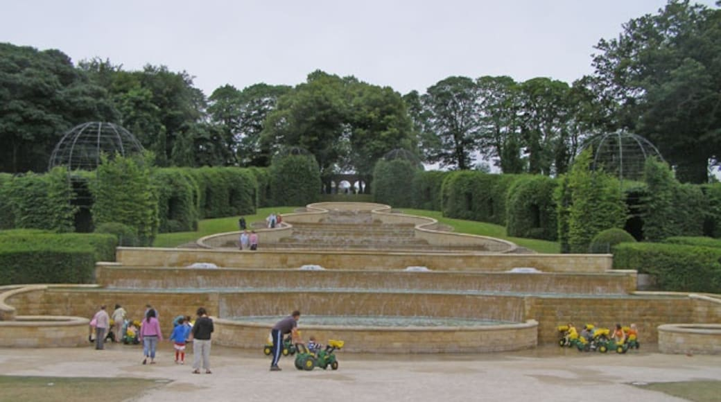 """Photo """"Alnwick Garden"""" by C Michael Hogan (CC BY-SA) / Cropped from original"""