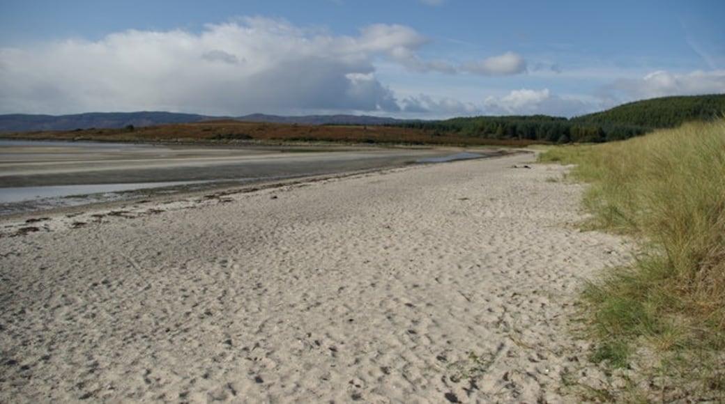 "Photo ""Kilbride Bay Beach"" by Leslie Barrie (CC BY-SA) / Cropped from original"