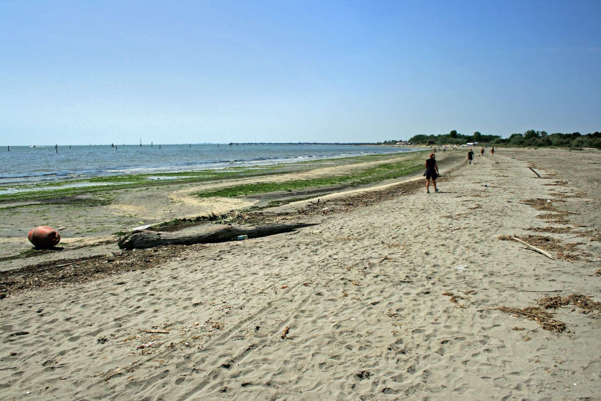 spiaggia libera, Comacchio, Emilia-Romagna, Italy