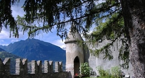 Saint-Pierre Castle