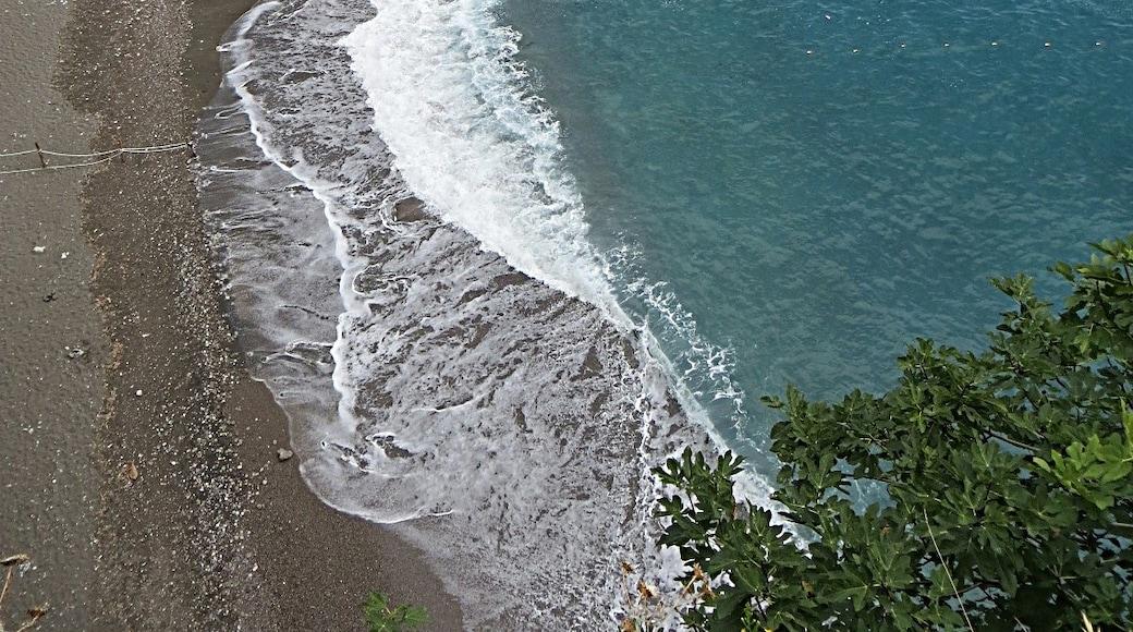"""Foto """"Spiaggia di Castiglione"""" di Mister No (CC BY) / Ritaglio dell'originale"""