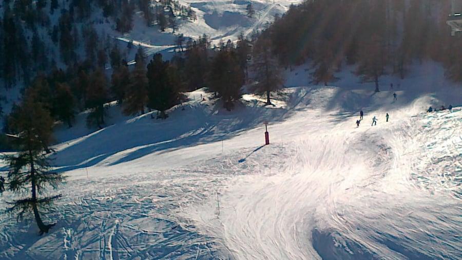 «undefined», photo de Hungarian skier (Creative Commons Attribution 3.0) / rognée de l'originale