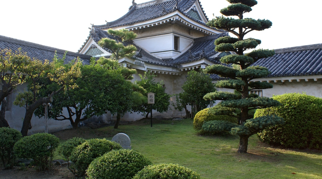 """Photo """"Wakayama Castle"""" by 663highland (CC BY) / Cropped from original"""