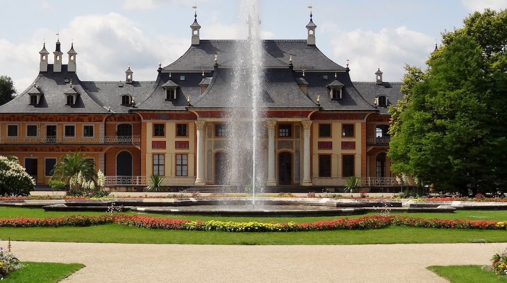"""Foto """"Pillnitz"""" von Oltau (CC BY)/zugeschnittenes Original"""