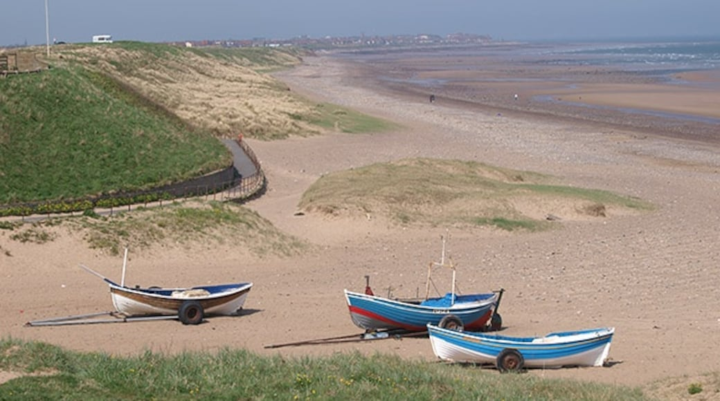 """Photo """"Marske-by-the-Sea"""" by Stephen McCulloch (CC BY-SA) / Cropped from original"""