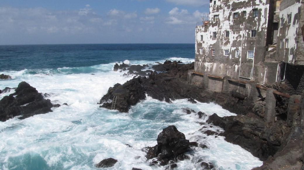 """Foto """"Punta Brava"""" von paciana (CC BY)/zugeschnittenes Original"""
