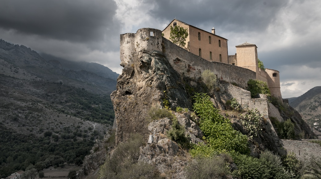 """Photo """"Corte Citadel"""" by Jean Paul Romani (page does not exist) (CC BY-SA) / Cropped from original"""