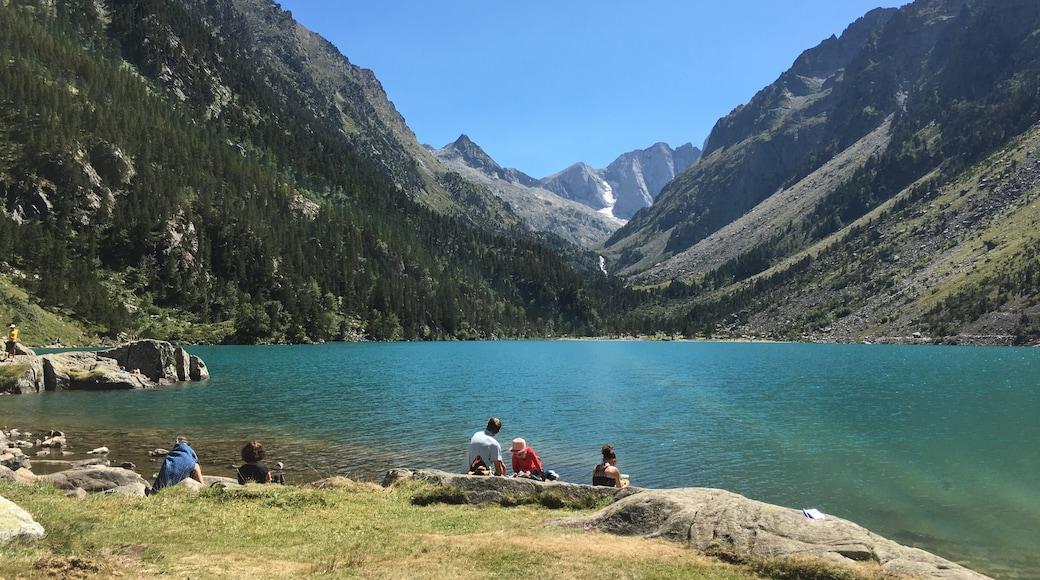 «Lac de Gaube», photo de Rum006 (page does not exist) (CC BY-SA) / rognée de l'originale