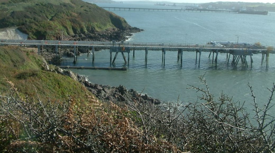 """Photo """"Milford Haven"""" by Robin Lucas (CC BY-SA) / Cropped from original"""