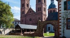 Einhardsbasilika